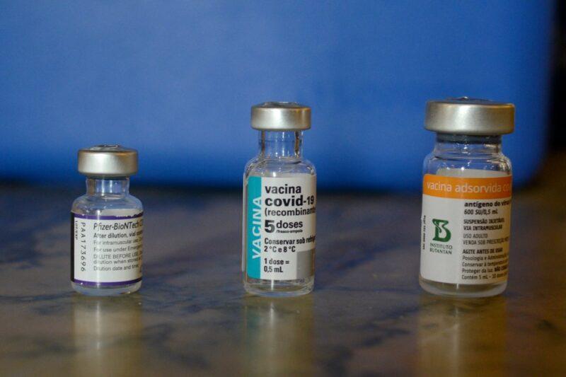 MS deve receber mais de 167 mil doses de vacinas contra covid